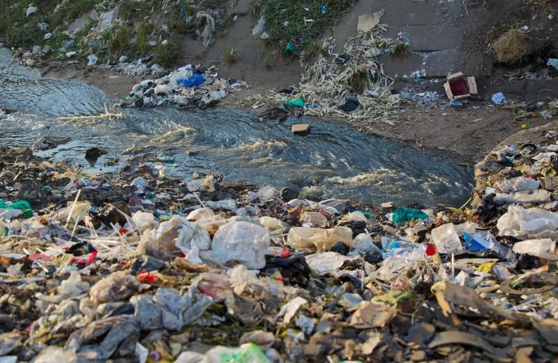 Пластиковые пакеты запрещены в Танзании