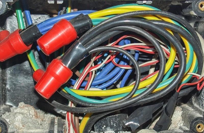 Соединяем провода за 30 секунд с помощью колпачков СИЗ