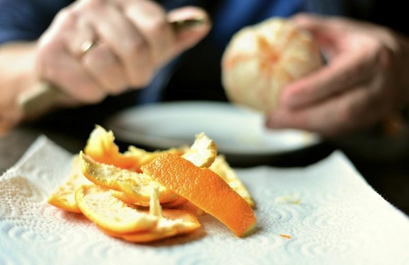 6 «очистков» овощей и фруктов, которые не стоит выбрасывать (они полезные и вкусные)