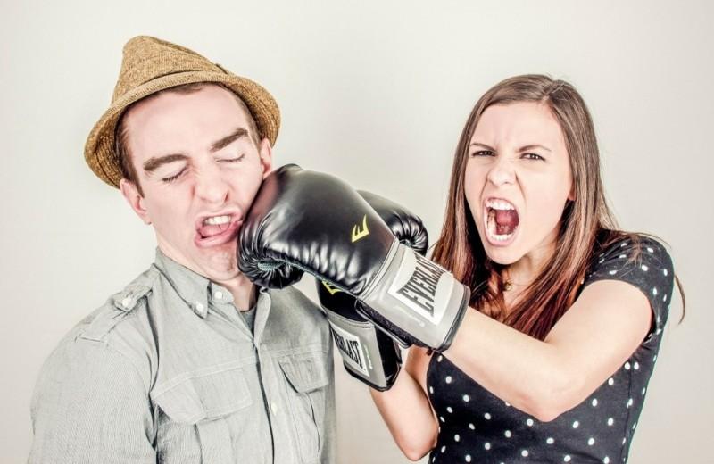 Как спорить с девушкой и обойтись без жертв с обеих сторон? 8 пунктов без шуток