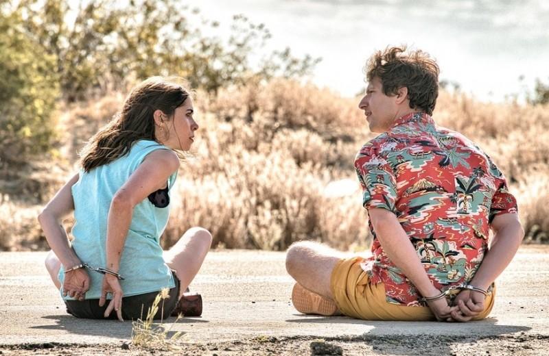 День сурка на свадьбе: чем комедия «Палм-Спрингс» покорила американских кинокритиков