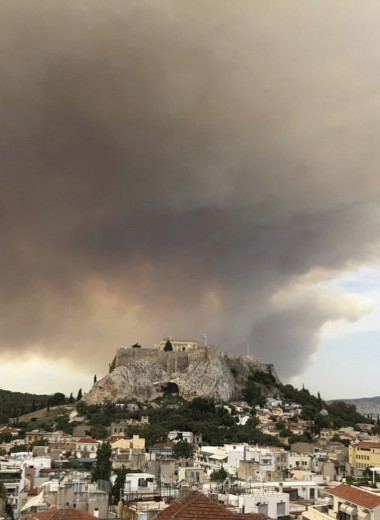 Страшные пожары в Греции: что известно спустя 2 дня после первых возгораний