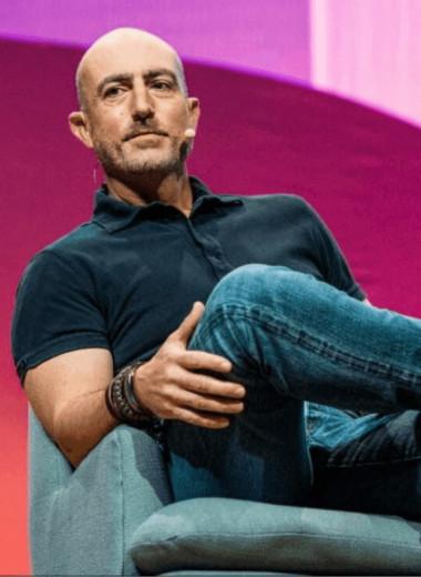Кто такой Марк Безос — маркетолог, волонтёр и брат основателя Amazon