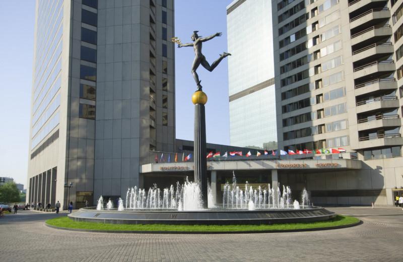 «Если в Москве будет ЦМТ, то в СССР пойдёт крупный американский капитал»: история первого бизнес-центра страны