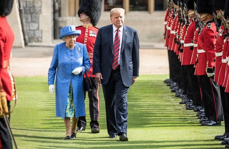 Что королева Елизавета II надевала на встречи с американскими президентами