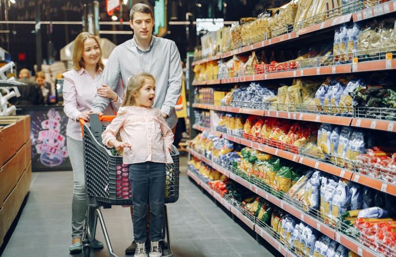 Сканер покупок, скидки, отзывы: обзор популярных функций мобильных приложений для шопинга