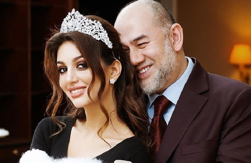 Семья экс-короля Малайзии после развода с россиянкой подобрала ему новую невесту
