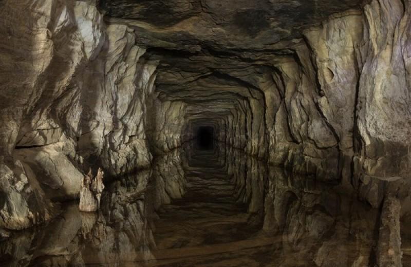 8 красивых и странных подземных городов