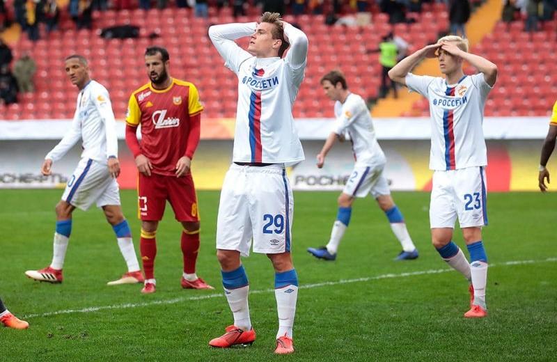 За что мы не любим российский футбол