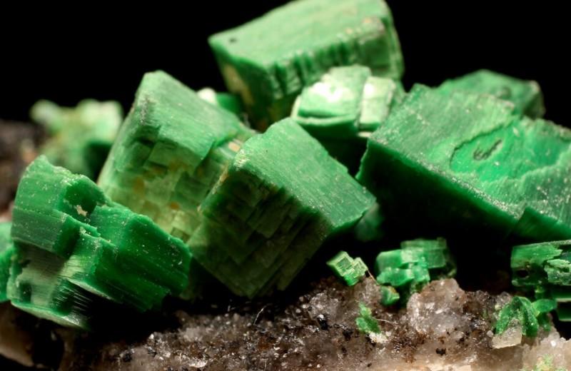 Российские ученые открыли три новых минерала
