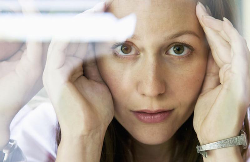 8 защитных механизмов психики, которые мешают жить счастливо