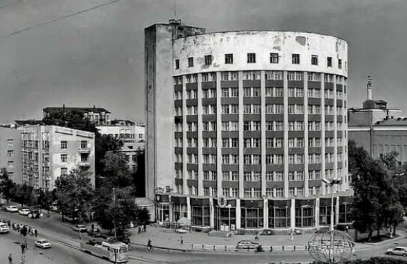 Быт с привилегиями: чем «Городок чекистов» в Екатеринбурге отличался от других советских районов