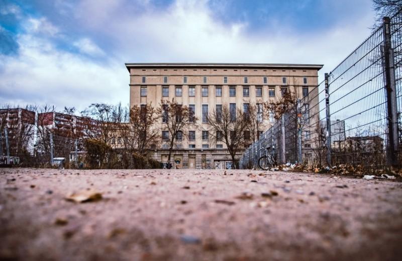 Что творится внутри одного из самых закрытых и известных клубов мира Berghain