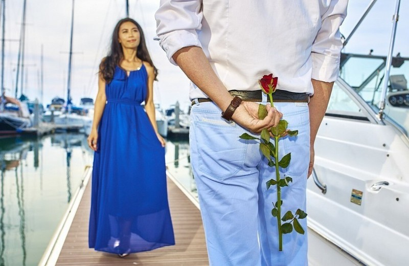 Как знакомиться с мужчиной на улице, чтобы он подошел первый