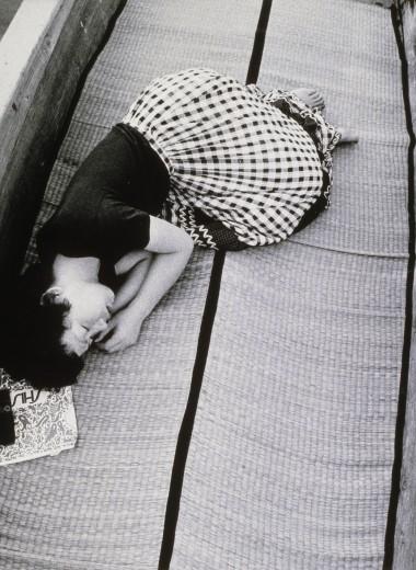 Бомбическая история: ядерные взрывы в сознании японцев и другие выставки фотобиеннале