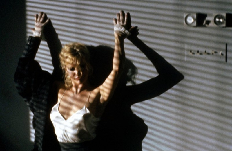 «50 оттенков серого» эпохи VHS: почему «9 ½ недель» — все еще актуальное кино про страсть и расставания