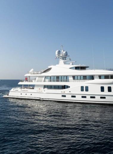 Вертолетные площадки, бассейны, зимние сады и винные погреба на яхтах Monaco Yacht Show