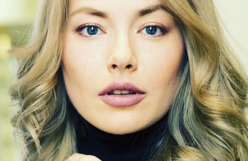 Стала актрисой из-за измены любимого и еще 9 фактов о жизни Зои Бербер