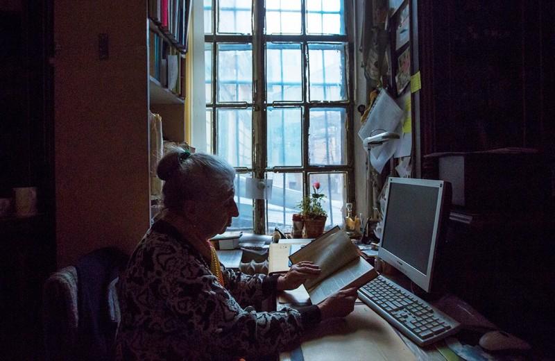 Компании меняют пожилых на льготы