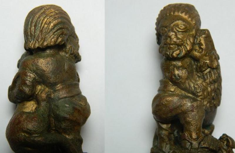 Археологи нашли в Лестере древнеримскую рукоять с изображением сцены казни