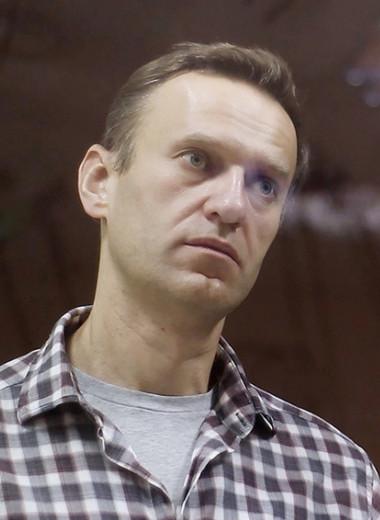 Курица для Навального: почему происходящее с оппозиционером воспринимается как «новая нормальность»