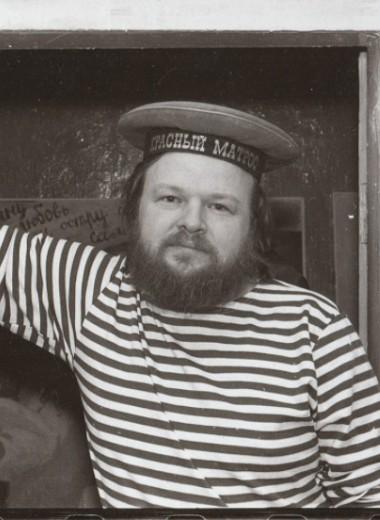 Хайку плюс, комедийный анбар и галерея советского портрета