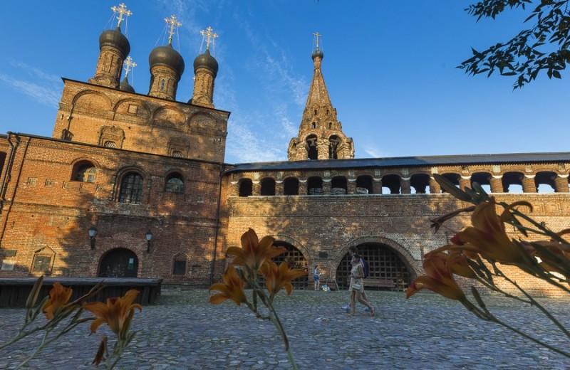 Куда поехать весной: Москва вошла в топ-10 самых доступных городов Европы