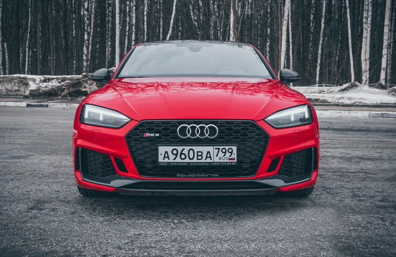 Всегда быстрый: тест Audi RS 5 Coupe