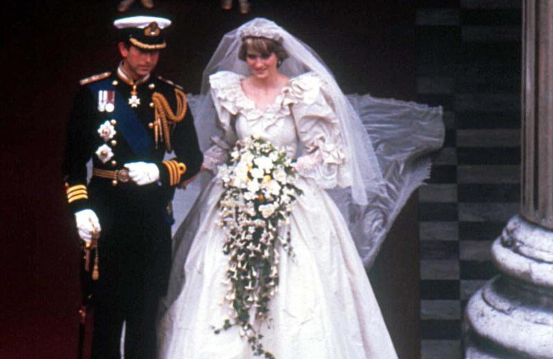 Свадебное платье Дианы: в чем промахнулись создатели