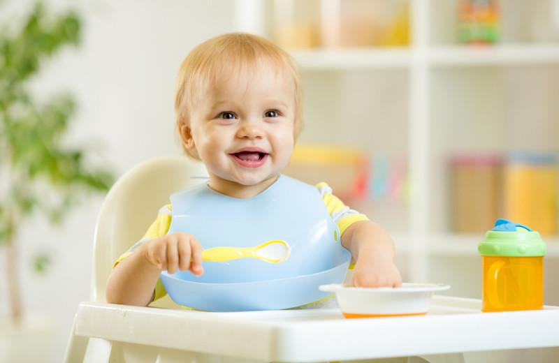 Каши для первого прикорма: гид для молодых мам