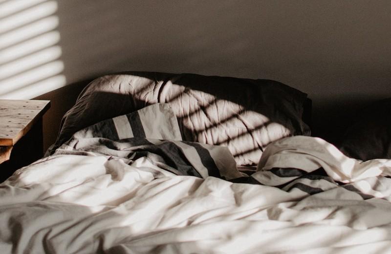 Как быстро заснуть и не чувствовать себя разбито на следующий день: 9 верных советов