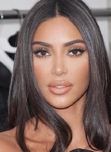 Ким Кардашьян призналась, что ей не нравятся свои длинные ногти