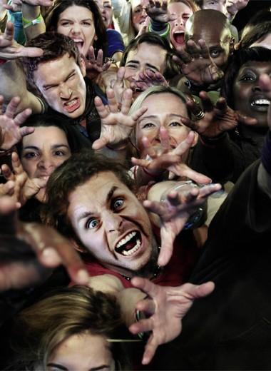 14 безумных выходок фанатов знаменитостей