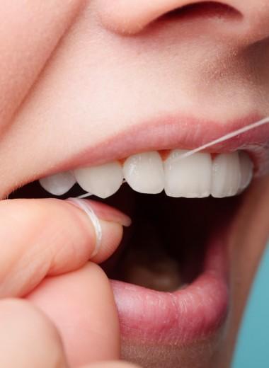 Работа из дома может разрушить ваши зубы. Дантистка объяснила, как этого избежать