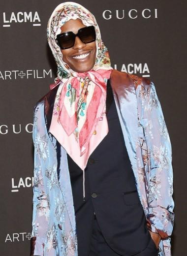 Пастель, прозрачное кружево и юбки: как рэперы меняют наше представление об одежде настоящих мужчин