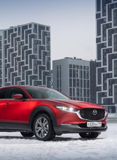 Ровно и дерзко: новый кроссовер Mazda приехал в Россию