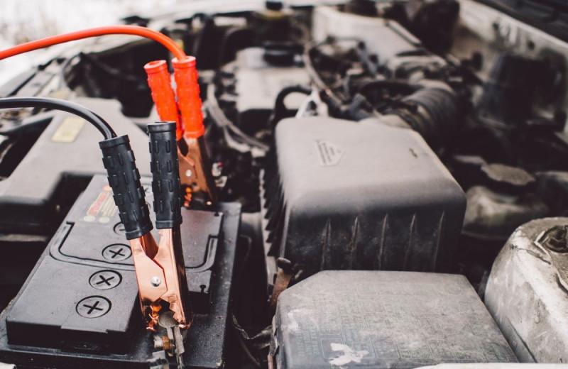 Зарядное устройство для автомобильного аккумулятора: какое выбрать, как применять