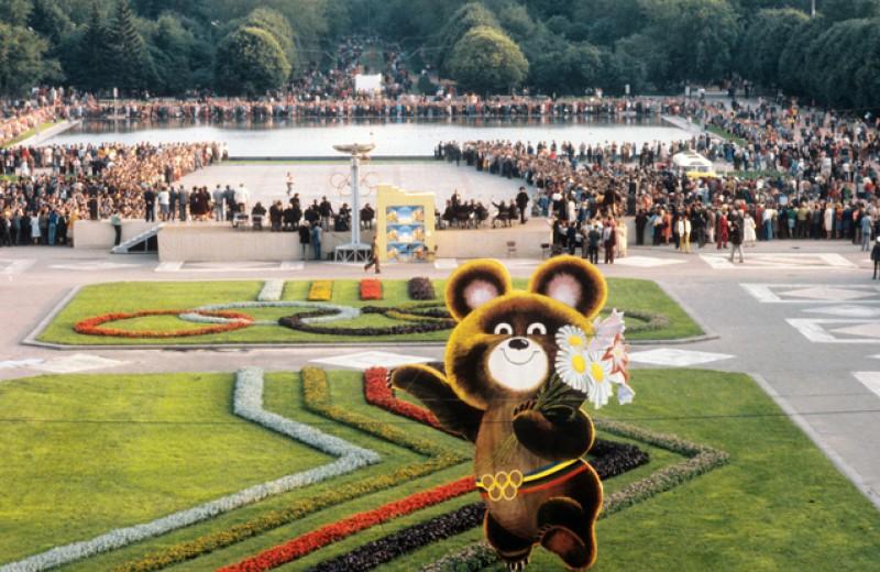 Почему олимпийская Москва не была праздничной