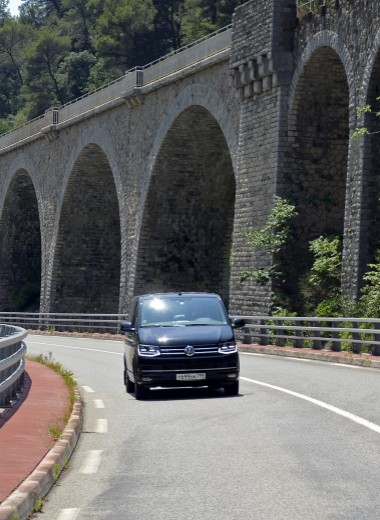 Может ли машина стать домом: тест Volkswagen Multivan