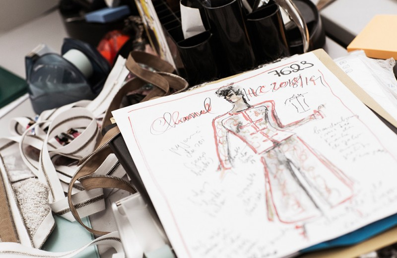 От эскиза до готового платья, или Как создаются кутюрные наряды Chanel