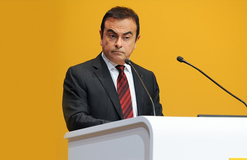 Да, это Гон. Хроника побега экс-главы Renault-Nissan-Mitsubishi