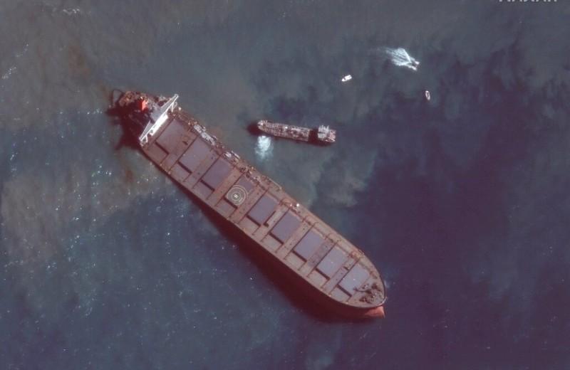 Маврикий избежал повторного разлива нефти