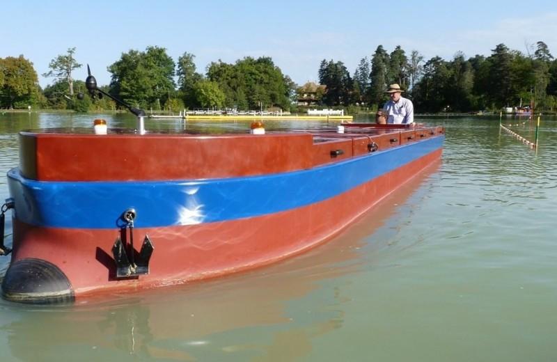 Верхом на танкере: зачем матерые лоцманы играют в кораблики