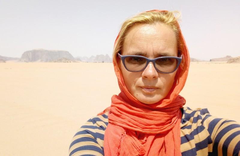 Одна вокруг света. Марсианскиепейзажи в пустынеИордании