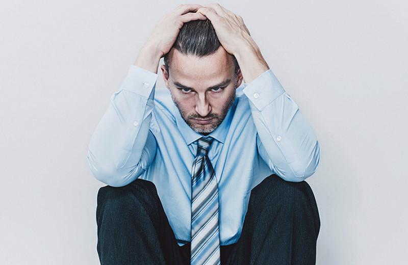 Он ни в чем не виноват: как понять, что у твоего мужчины депрессия
