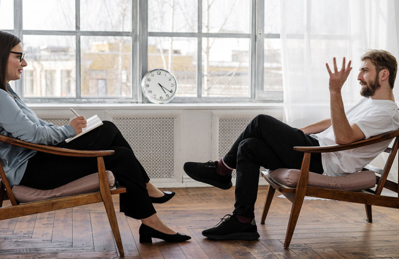 9причин обратиться кпсихотерапевту (онможет тебе помочь)