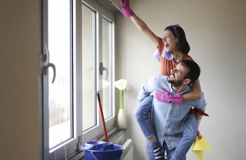 Делим с партнером домашние обязанности: 4 шага, которые помогут договориться