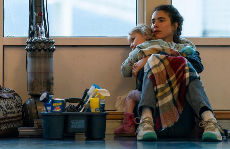«Уборщица»: автор «Бысстыжих» и Марго Робби сняли сериал об эмоциальном абьюзе