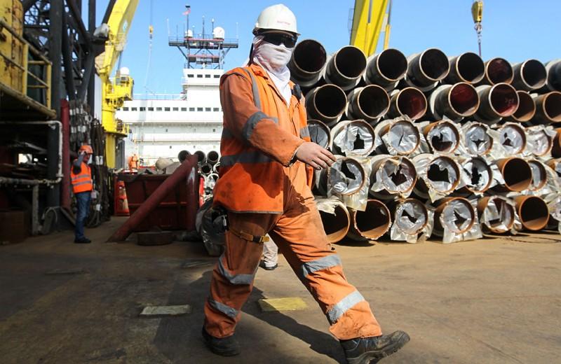 Нефтяники отправят данные по трубам
