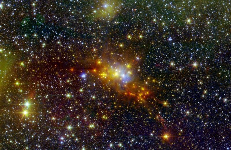 Метеорный поток Аквариды и другие события майского звездного неба